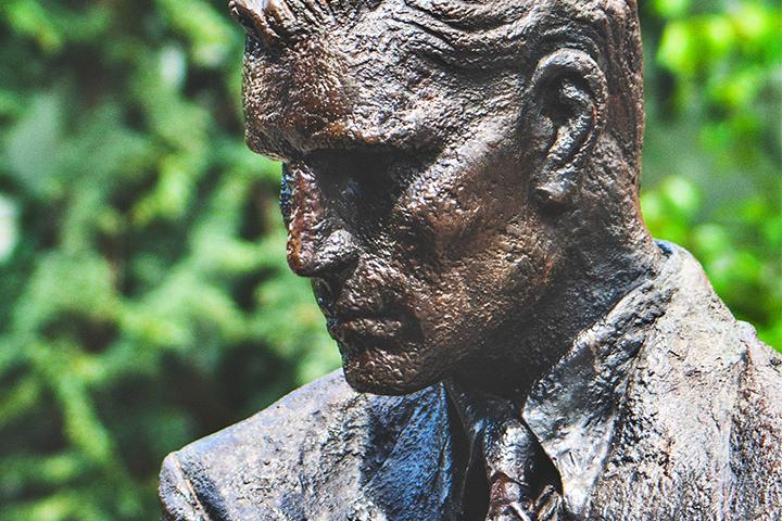 Bild posten 4 deutsche Autoren die dich über die deutsche Literatur informieren werden Günter Grass - Bild-posten-4-deutsche-Autoren-die-dich-über-die-deutsche-Literatur-informieren-werden-Günter-Grass