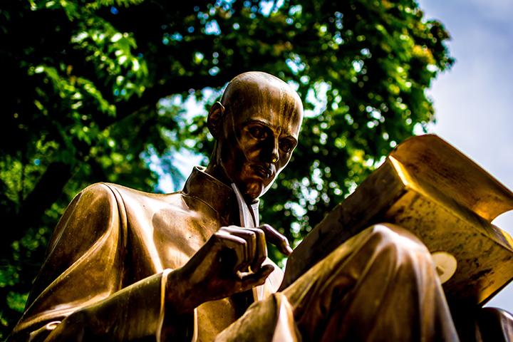 Bild posten 4 deutsche Autoren die dich über die deutsche Literatur informieren werden Johann Wolfgang von Goethe - Bild-posten-4-deutsche-Autoren-die-dich-über-die-deutsche-Literatur-informieren-werden-Johann-Wolfgang-von-Goethe